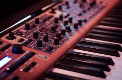 Synthesizer or midi keyboard