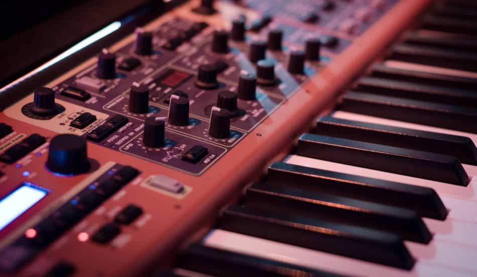 Synthesizer or midi keyboard